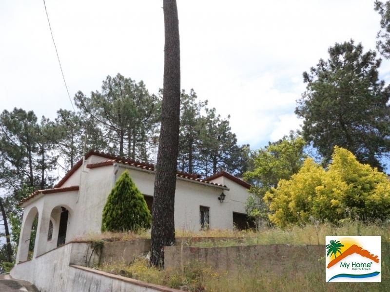 HOUSE & PLOT IN LLORET BLAU URBANIZATION