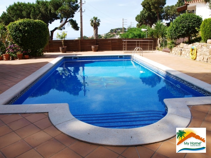 HOUSE WITH SEA VIEWS, GARAGE AND POOL AT FONT DE SANT LLORENÇ