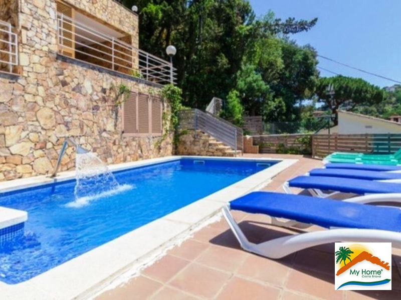 VILLA AT 500 METERS FROM THE BEACH AT FONT DE SANT LLORENC