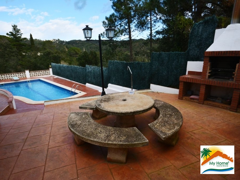 HOUSE WITH POOL AND SEA VIEWS AT LLORET VERD