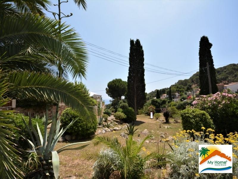 SEMI-DETACHED SINGLE-FAMILY HOUSE IN TOSSA DE MAR