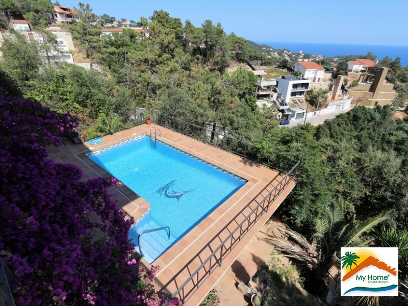 HOUSE WITH SEA VIEWS AND SWIMMING POOL IN SERRA BRAVA