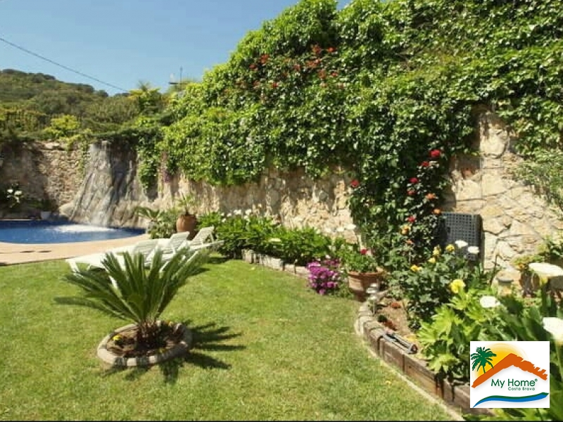BEAUTIFUL HOUSE WITH POOL IN CALA CANYELLES