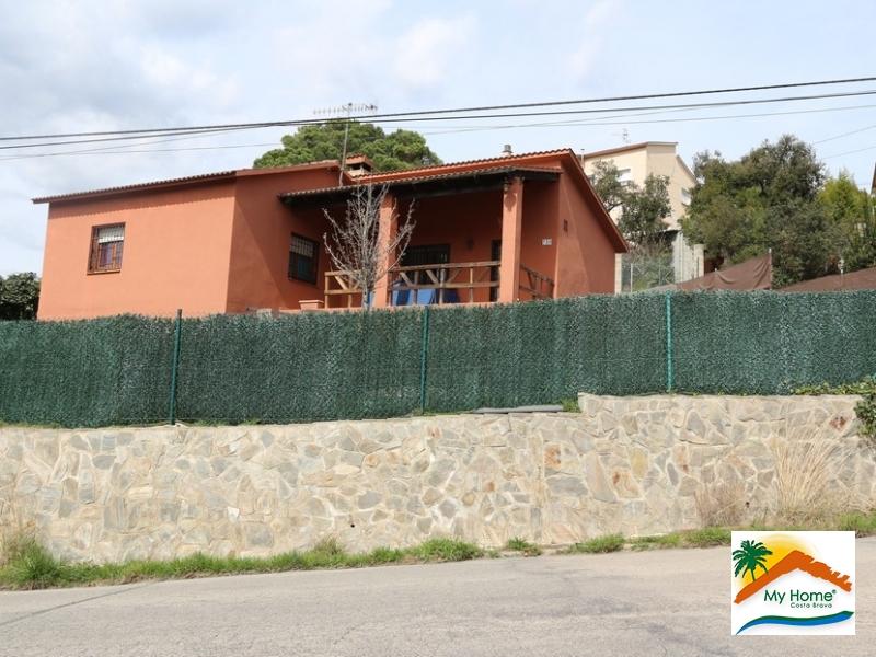 CHARMING RUSTIC HOUSE AIGUAVIVA PARC
