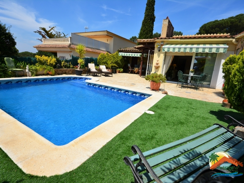 SUPER HOUSE WITH POOL IN CALA CANYELLES