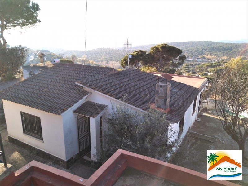 HOUSE & PLOT IN MAS ALTABA URBANIZATION OF MAÇANET DE LA SELVA